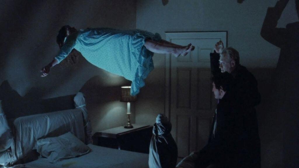 Padre exorcista no filme O Exorcista
