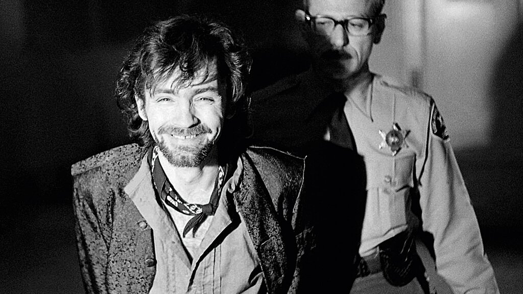 Charles Manson, cuja biografia de Jeff Guinn foi lançada pela DarkSide