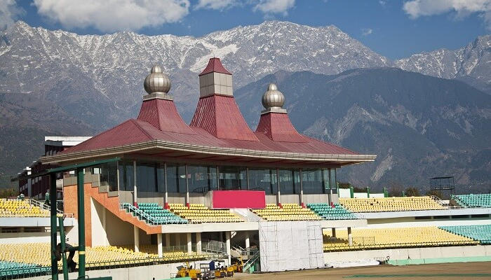 Montanhas de Dharamsala (ou Dharamshala), local em que vive o Dalai Lama.